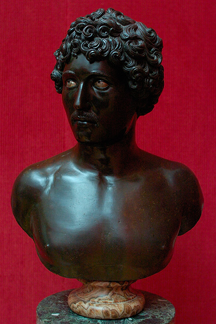 Bust_of_aYoungMan_Antico_1979