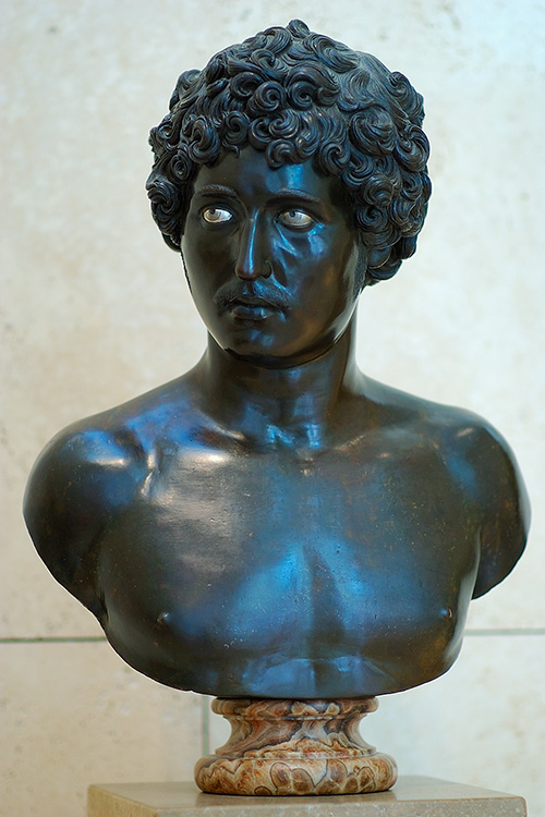 Bust_of_aYoungMan_Antico_3975