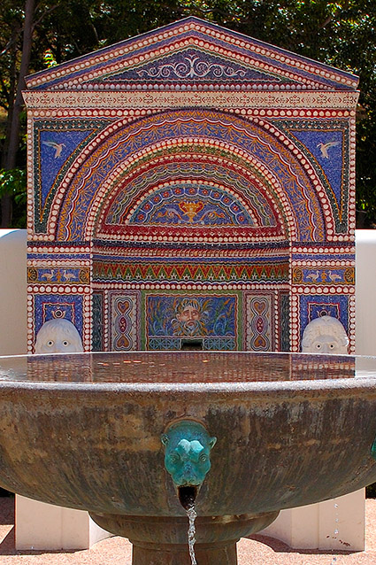 Mosaic-ShellFountain_EastGarden_GettyVilla_HS3547c