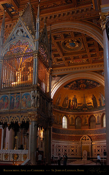 Lateran_Baldachino_Cathedra_8362M