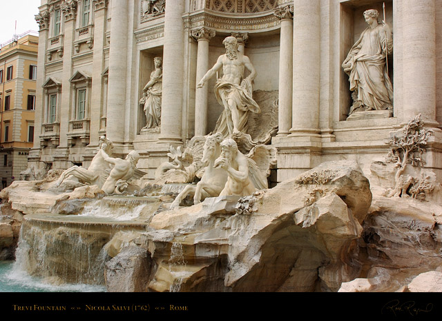 Trevi_Fountain_7506