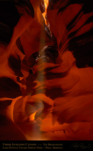 Antelope_Canyon_Beam_X2577