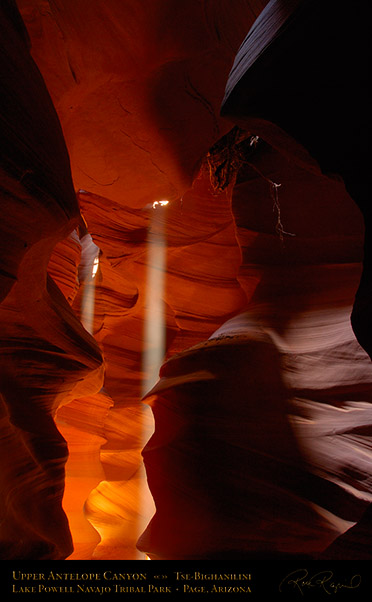 Antelope_Canyon_Double_Beam_X2579