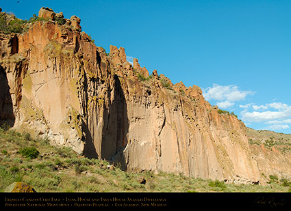 Cliff_Face_Bandelier_X5438