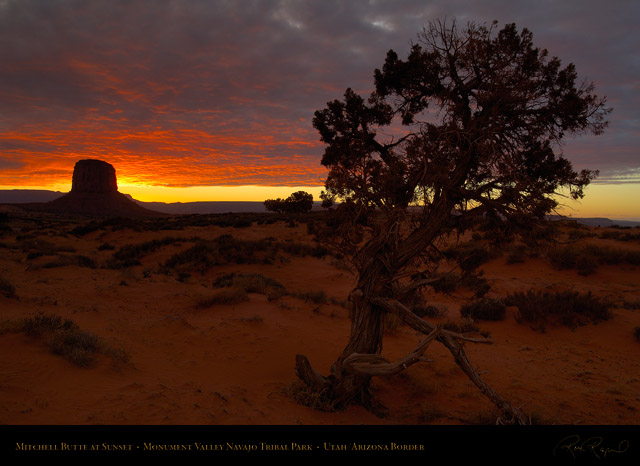 Monument_Valley_Sunset_Mitchell_Butte_X1695