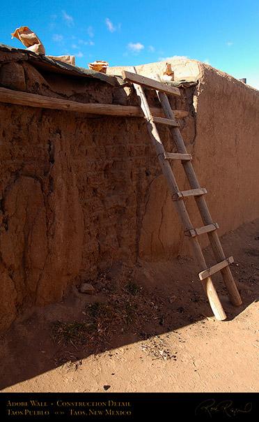 Taos pueblo unesco world heritage site for Adobe construction pueblo co