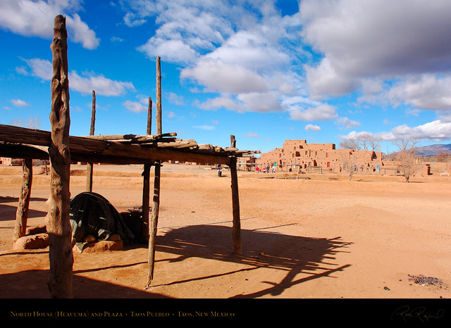 Taos_Pueblo_North_House_and_Plaza_HS6556