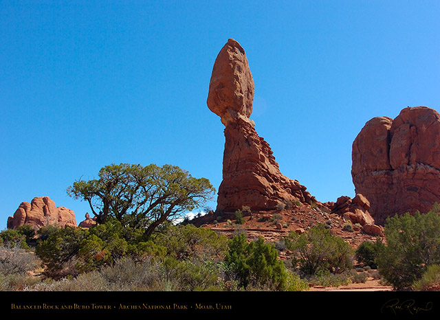 Balanced_Rock_and_Bubo_Tower_1567