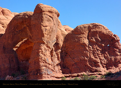 Double_Arch_West_Window_1575