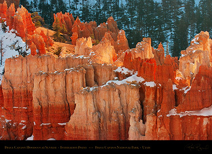 Bryce_Canyon_Hoodoos_at_Sunrise_in_Winter_5504
