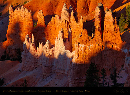 Bryce_Canyon_Queens_Garden_Hoodoos_at_Sunrise_X1957