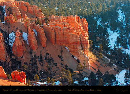 Bryce_Canyon_Hoodoos_at_Sunrise_in_Winter_5515