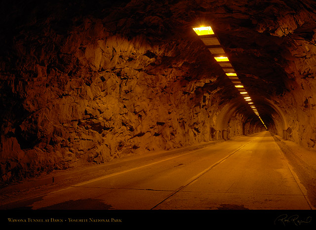 Wawona_Tunnel_at_Dawn_X6350