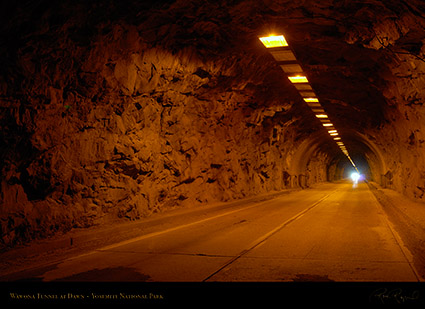 Wawona_Tunnel_at_Dawn_X6354