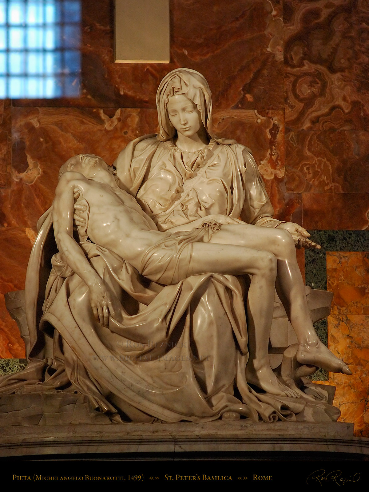 comparing the kiss and pieta scultpures Michelangelo's pieta and david - michelangelo created two of his masterpieces, the pieta in st peter's basilica and david, while in his twenties learn more about these works of art.