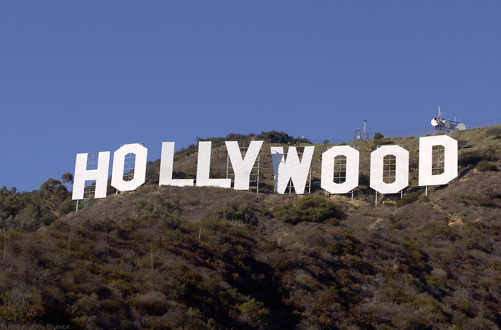 http://www.digital-images.net/temp/HollywoodSign_HS4421.jpg